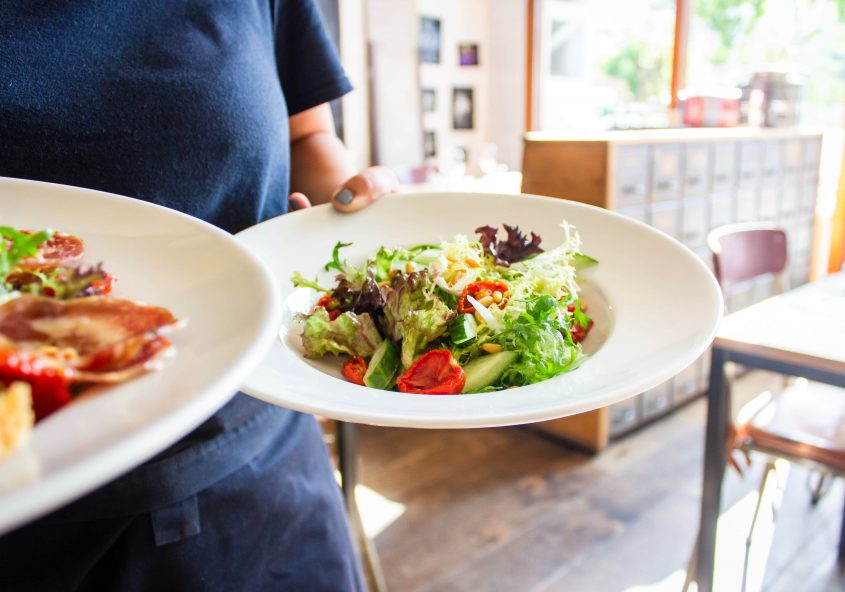 minimize food waste with your Savorite restaurant reservation